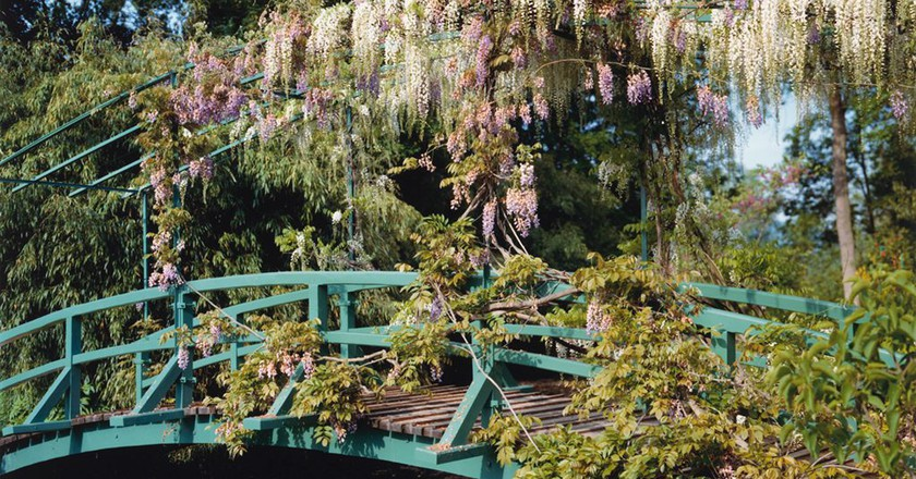 Stephen Shore, 'Wisteria covered bridge', (from 'The Giverny Portfolio'), 1977–83   Collection of the Vancouver Art Gallery, Donated by Aaron Milrad in memory of Bella and Joseph Milrad