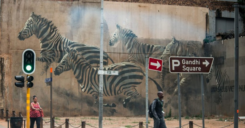 Zebra mural by Faith47 seen in Marshalltown | ©Marturin Le Goff/Flickr