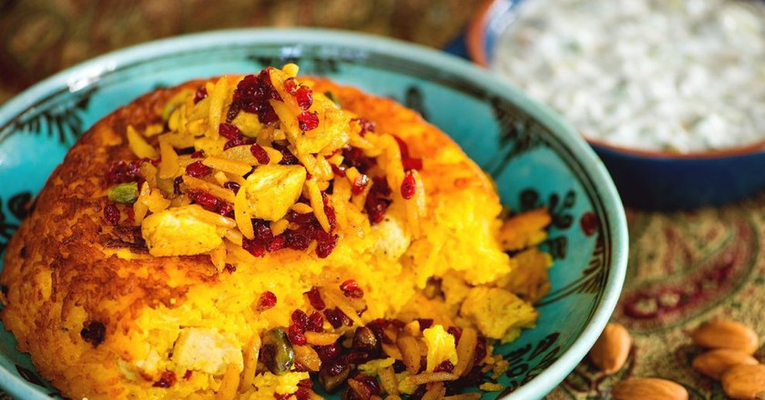 Tachin is a saffron-infused rice cake   © Renegadesaba / WikiCommons