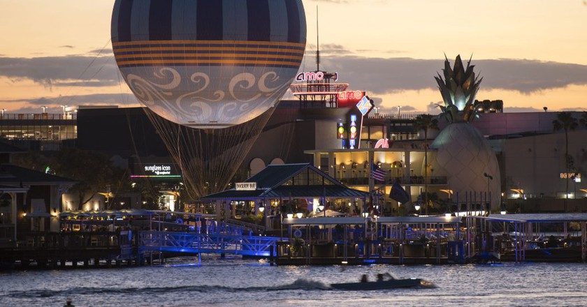 Characters In Flight: Disney's Hot Air Balloon Ride | © David Roark, photographer / Courtesy of Disney