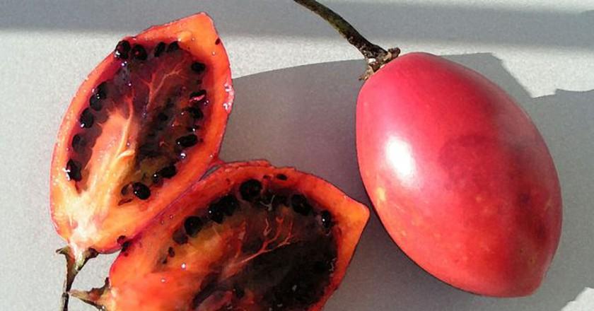 Tomate de Arbol   © michael clark stuff/Wikicommons