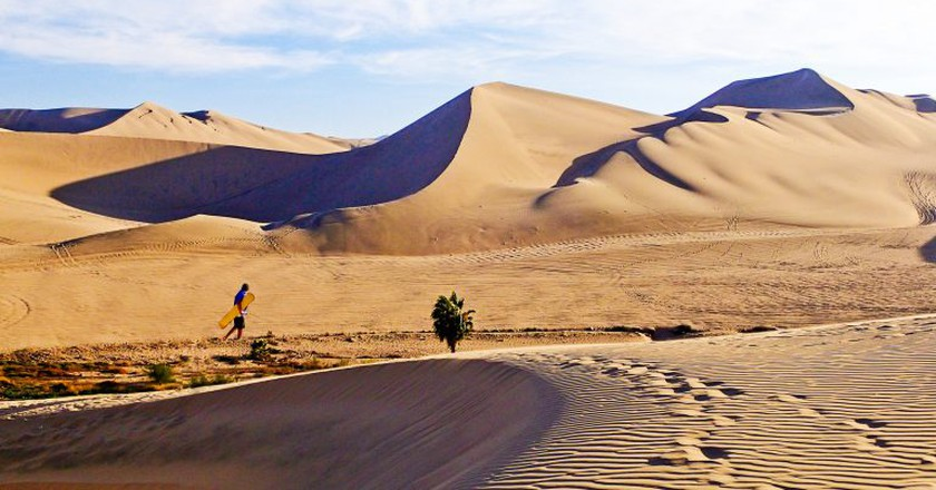 Sand dunes, Huacachina, Peru   © Justin Vidamo/Flickr