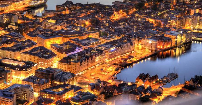 Bergen by night © TimOve / Flickr