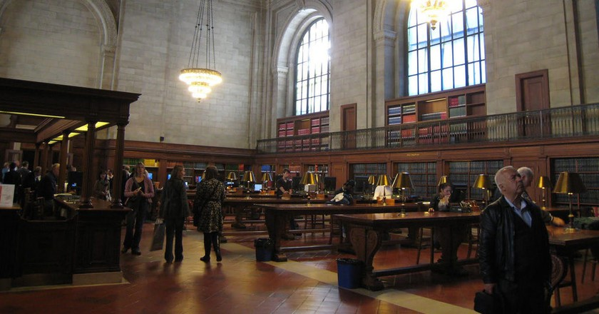 """<a href=""""https://www.flickr.com/photos/photographingtravis/17142007835/"""" target=""""_blank"""" rel=""""noopener noreferrer"""">Reading Room, New York Public Library 
