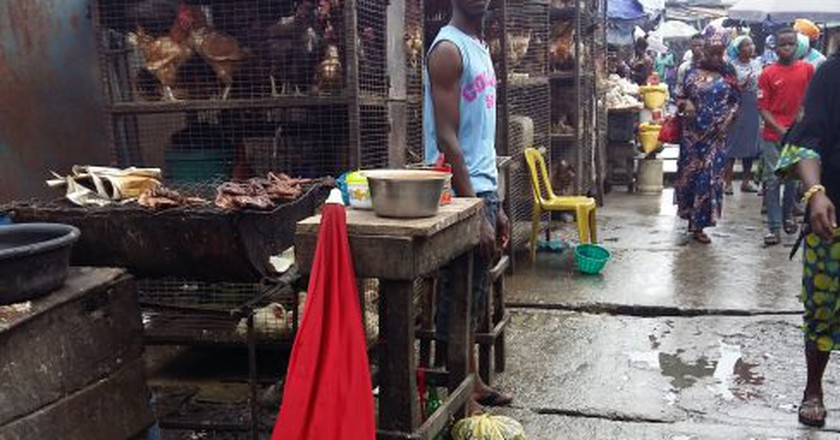 The poultry line at Jankara Market   © Cynthia Okoroafor