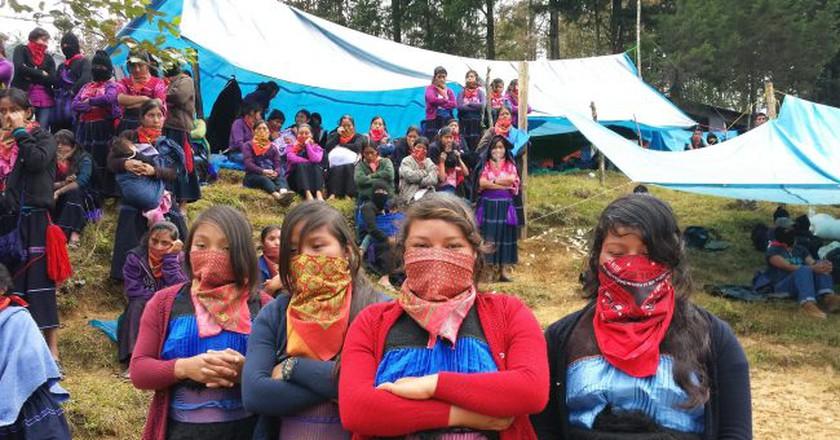Zapatista supporting women in Chiapas, 2016   © ilf_/Flickr