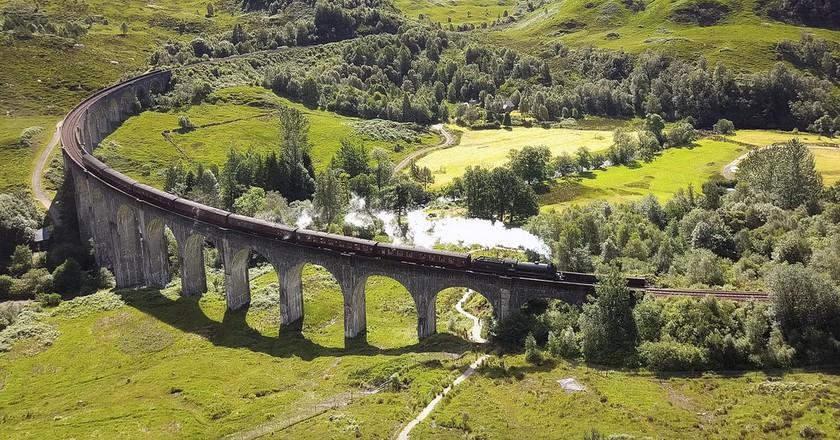 Glenfinnan Viaduct Used As The Hogwarts Express | © john mcsporran/Flickr