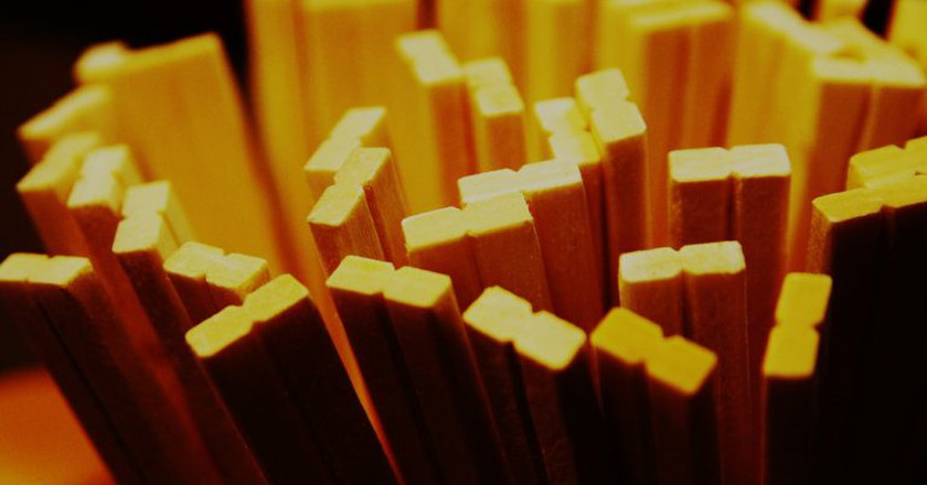 Chopsticks | © i_yudai / Flickr