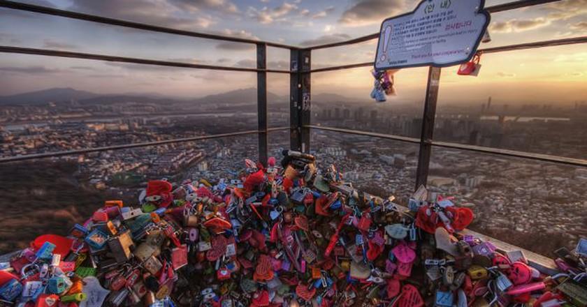 Love locks over Seoul | © Jimmy McIntyre/Flickr