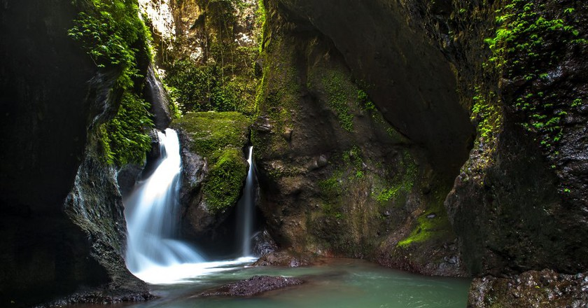Ambon Ambon Falls, Philippines  | © jojo nicdao/Flickr