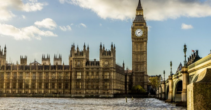 In London, Is It Illegal to Die in the Houses of Parliament?