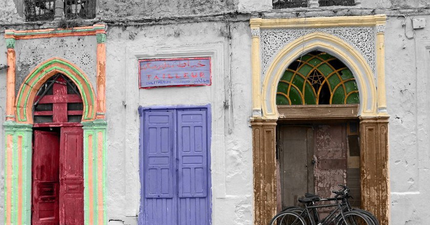 Colourful doorways and bicycles in Casablanca | © Hans Pohl / Flickr
