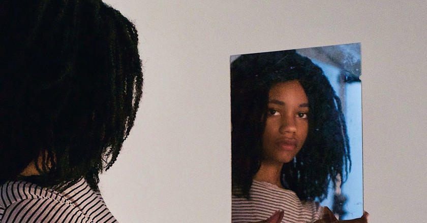Many South African schools have made headlines regarding their unfair hair policies | © Sydney Jackson/Unsplash