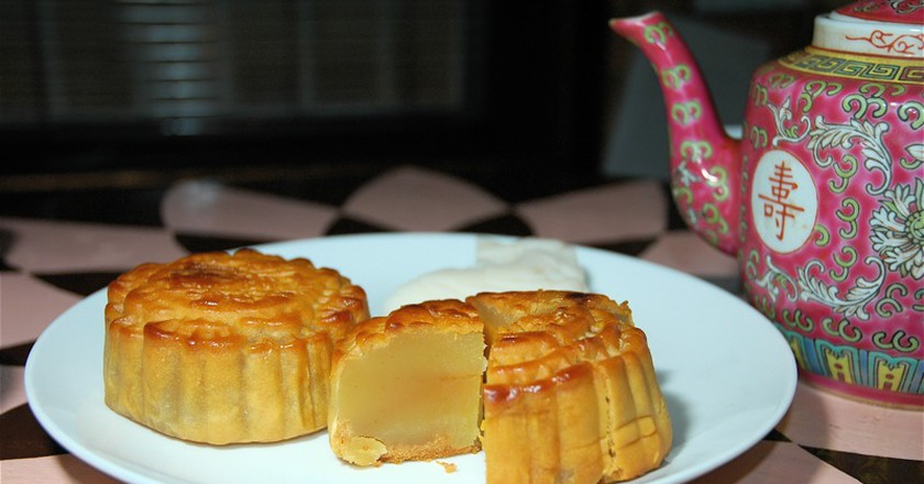 10 Surprisingly Delicious Mooncake Flavours You Should Try