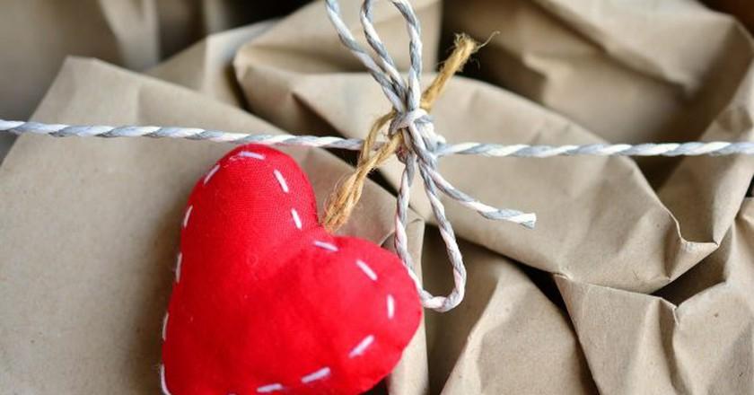 Decorative wrapping supplies | © congerdesign/Pixabay