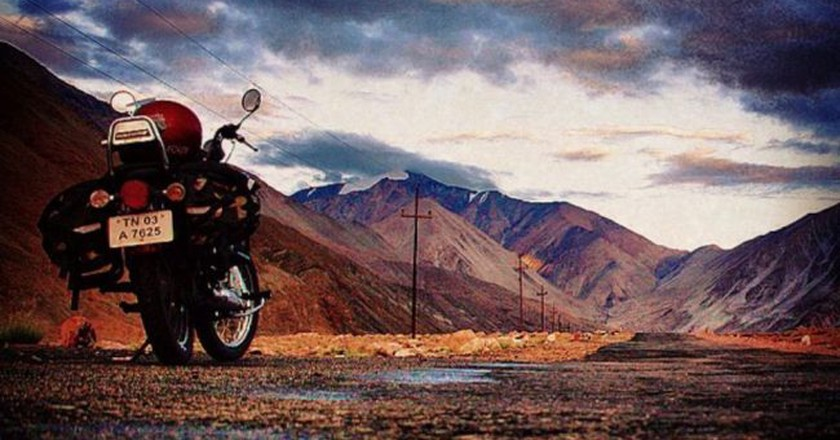 "<a href=""https://www.flickr.com/photos/virnakai/7334202914/"" target=""_blank"" rel=""noopener noreferrer"">Road Trip in India | © Vir Nakai / Flickr</a>"