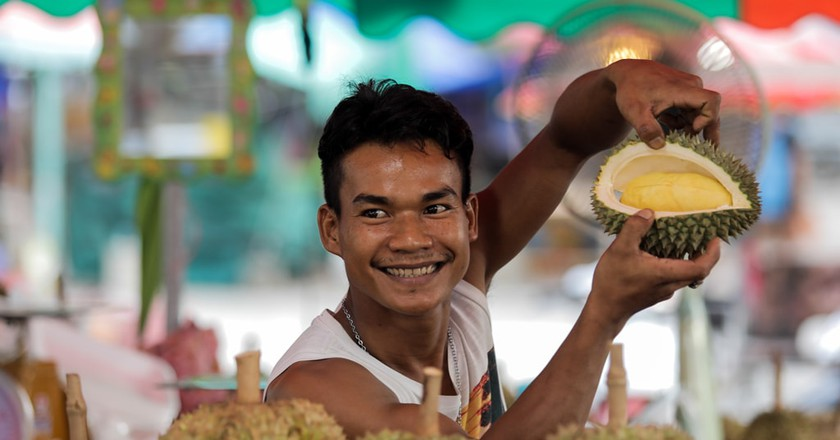 One man and his durian | © Khajonsak Manganu / Shutterstock