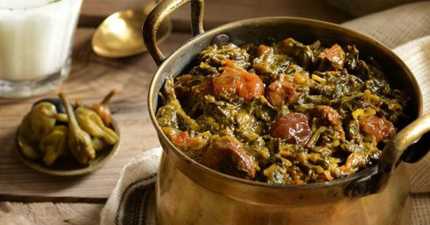 Spinach and plums stew | © Hamed Fazllollahi / Wikimedia Commons