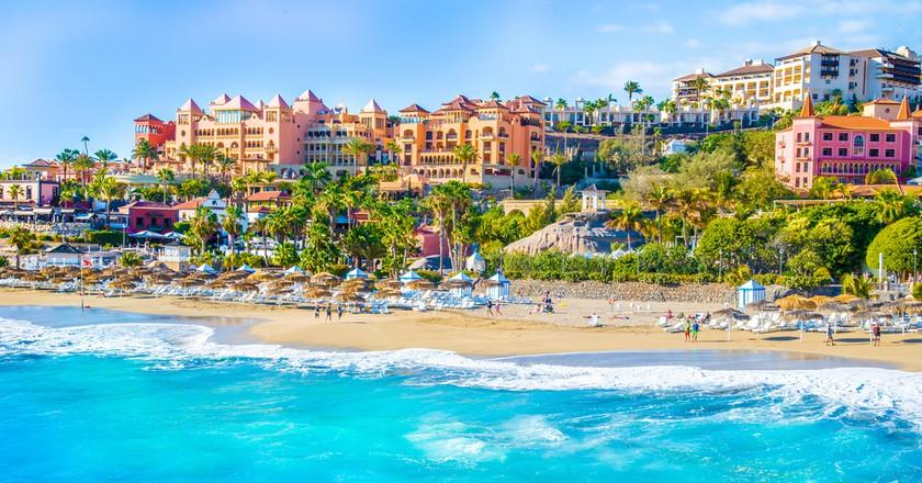 El Duque beach at Costa Adeje. Tenerife, Canary Islands, Spain | © Balate Dorin/Shutterstock