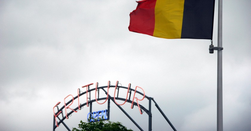 The Belgian flag and a frituur or friterie, two important national symbols   © Hendrik Dacquin / Flickr