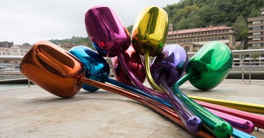 Tulips by Jeff Koons, Bilbao Guggenheim   CC0 Public Domain / Pixabay