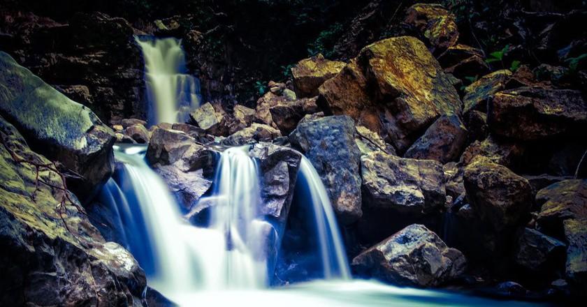 Waterfall | © Robb Reece/Finca Bellavista
