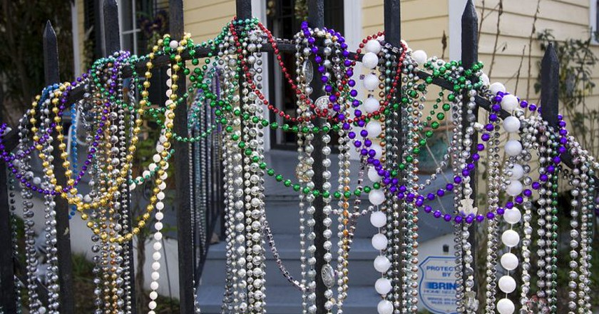 Mardi Gras beads, New Orleans | © Derek Bridges / WikiCommons