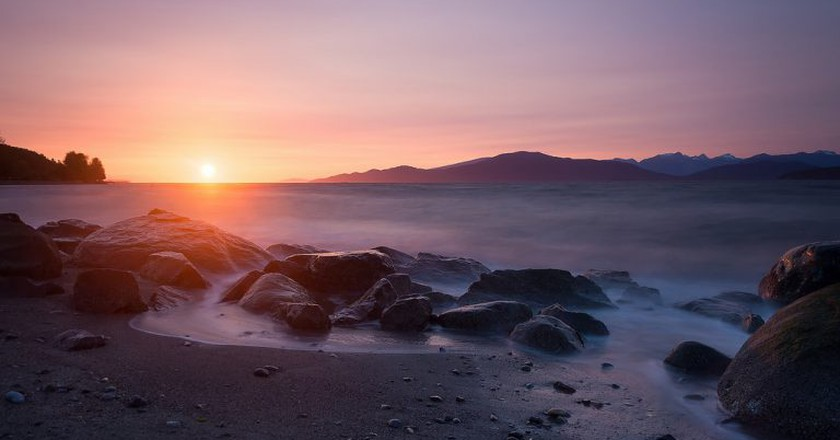 Sunset from Spanish Banks   © Tristan Todd / Flickr
