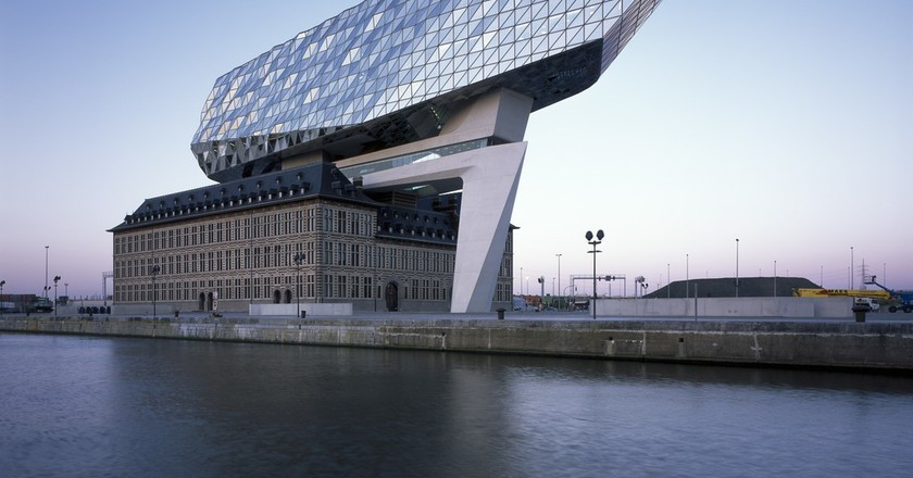 Port House by Zaha Hadid Architects | © Helene Binet