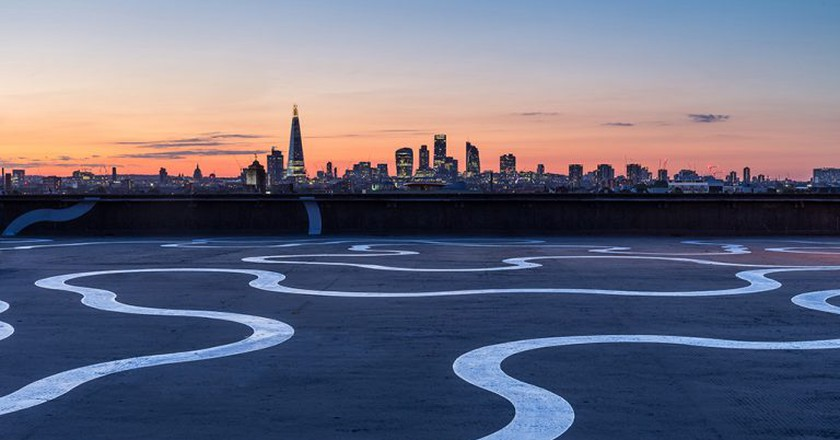 Agora by Richard Wentworth, painted in aluminium rich paint. Commissioned by Bold Tendencies on the roof of a disused multi-storey car park in Peckham, London, June 2015 | Photo © Quintin Lake