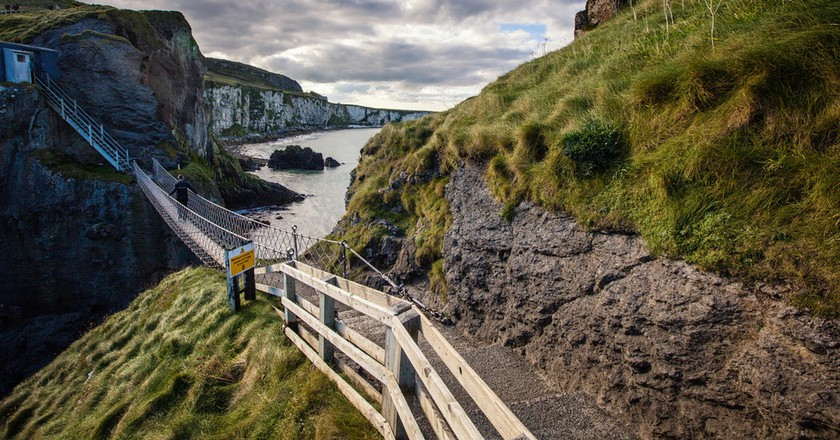 Carrick-a-Rede Rope Bridge | Courtesy of Tourism NI
