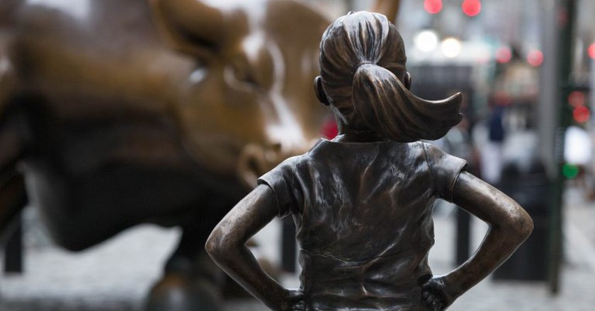 Fearless Girl Statue by Kristen Visbal | ©Anthony Quintano / Flickr