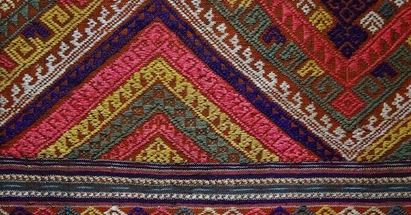 Tai Lue Weaving   © Adam Jones/Flickr