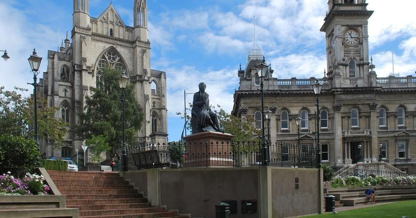 Statue of Robert Burns, Dunedin | © Matt/Flickr