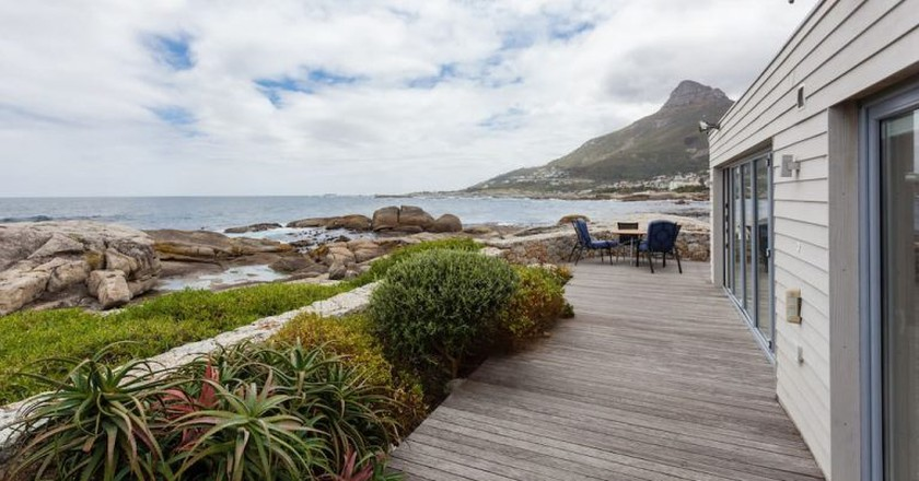 Beach House on the Rocks in Bakoven   © AirBnb
