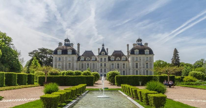 The perfectly symmetrical Château de Cheverny I © Benh LIEU SONG/Flickr