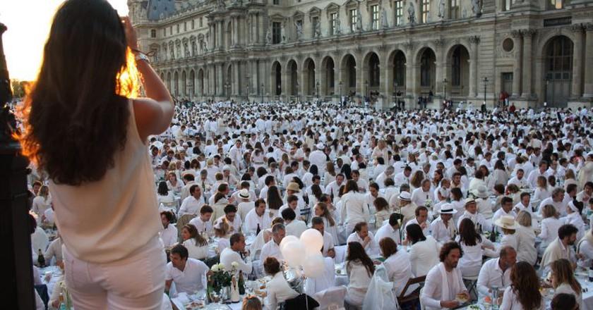 A Dîner en Blanc event in Paris   © Paris-Sharing / Flickr
