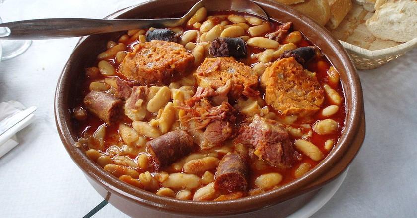 Fabada Asturiana | © Juan J. Martínez  / Wikimedia Commons