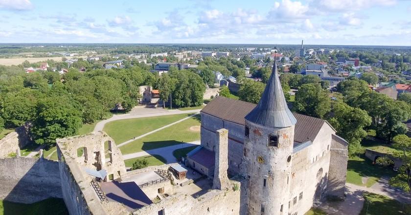 Haapsalu Castle   © GagliardiImages/Shutterstock