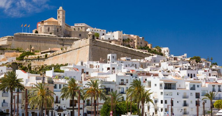 """<a href=""""http://www.publicdomainpictures.net/view-image.php?image=174953&picture=ibiza-town-view"""" target=""""_blank"""" rel=""""noopener noreferrer"""">Ibiza Town 