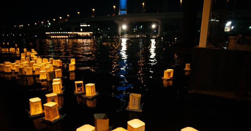The History Of Toro Nagashi Japan S Glowing Lantern Festival