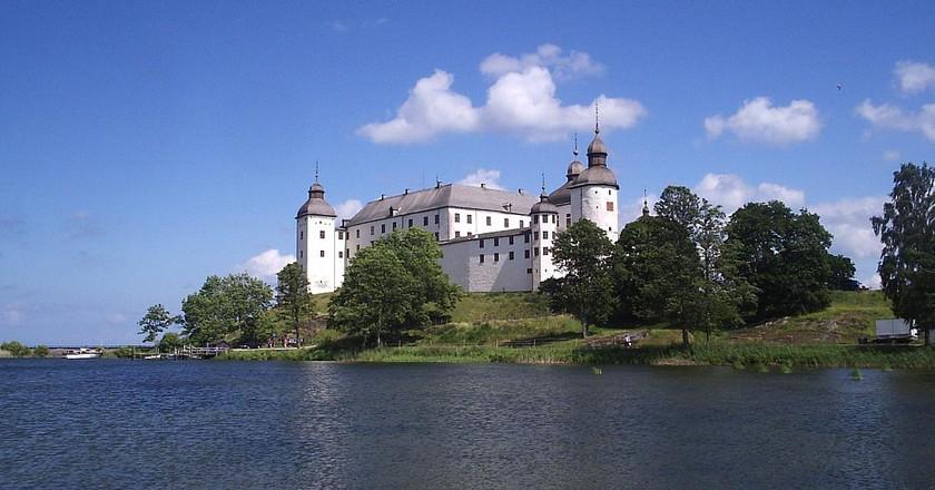 "<a href = ""https://commons.wikimedia.org/wiki/File:Läckö_slott,_den_13_juli_2006,_bild_26.JPG""> Läckö Slott   Unknown/Wikimedia Commons"