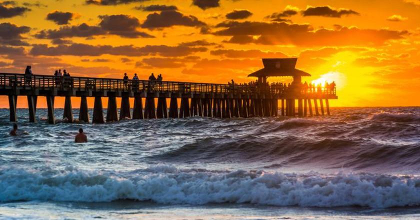 Sunset on Naples Beach | © Esb Professional / Shutterstock