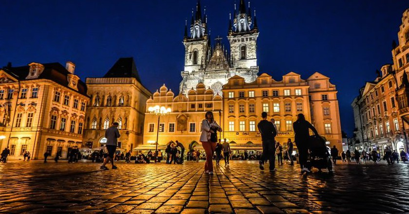 Old Town Square and Týn Church in the background | © kirkandmimi/Pixabay