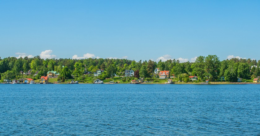 "<a href = ""https://www.flickr.com/photos/bnsd/8905440391/""> Resarö is today an island paradise 