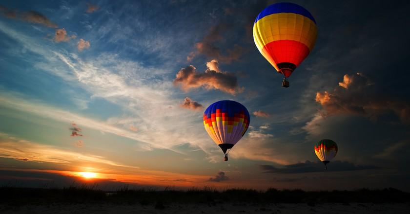France has a new world record for simultaneous balloon flights   © rozbyshaka/Shutterstock