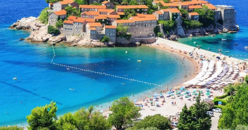 Sveti Stefan island in Budva, Montenegro   ©  emperorcosar/Shutterstock