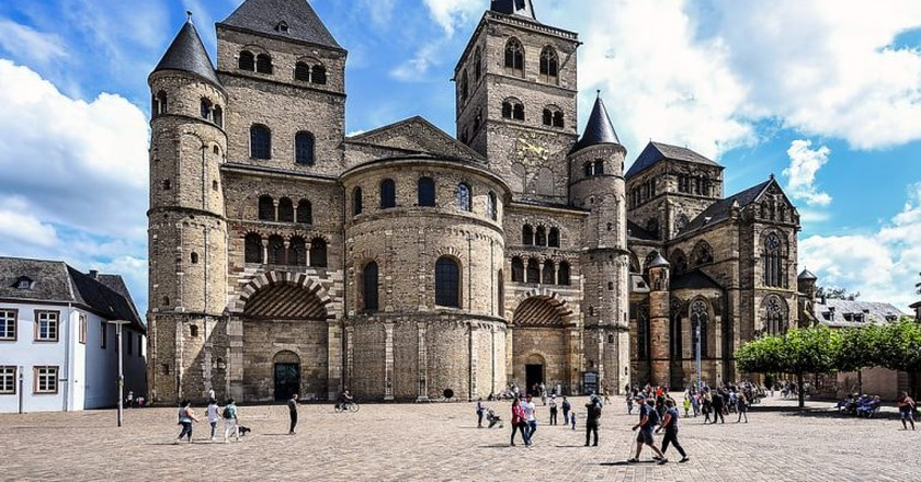 The Cathedral of Trier | © Vytautas Kielaitis / Shutterstock