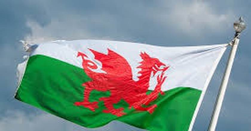A Brief History of the Welsh Flag and its Red Dragon