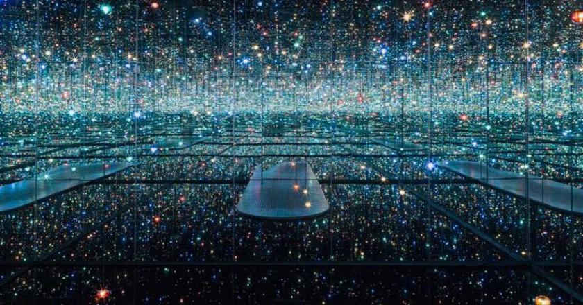 Yayoi Kusama Infinity Room | © Helsinki Art Museum, The Broad/WikiCommons